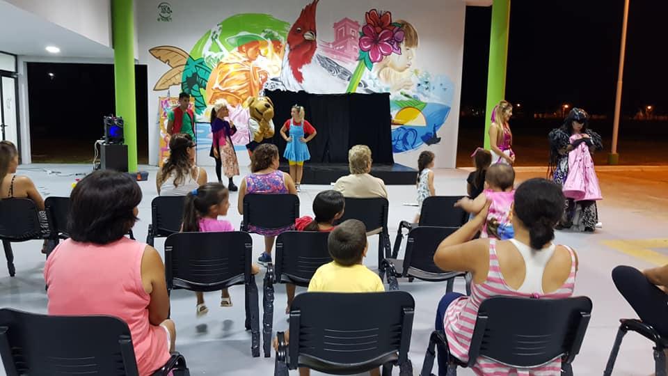 Presentación del Show Mimicha en el CeCaT