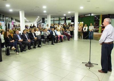 El Intendente José Lauritto inaugura Muestra Ana Frank en el Cecat.